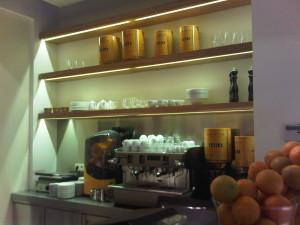 iluminación cafetería