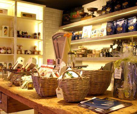 Proyectos de iluminación para retail. Iluminación para comercios y tiendas.