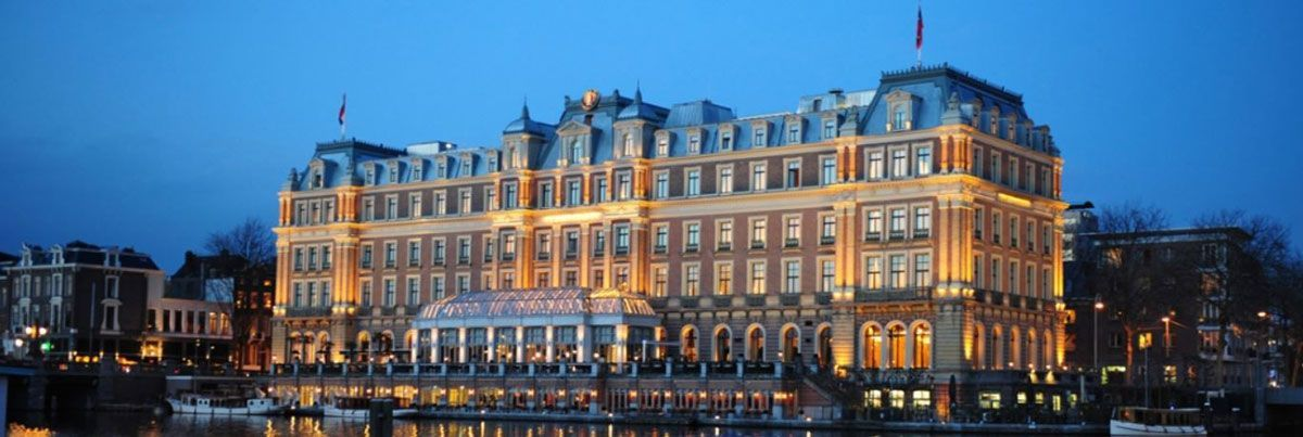 Iluminación exterior hotel Amstel