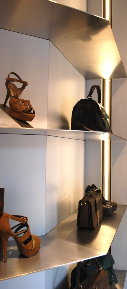 LED retail
