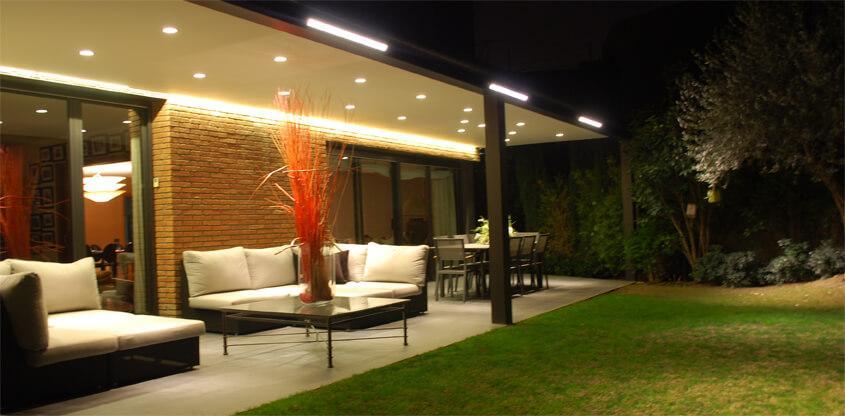 Iluminación led de un porche. Iluminación exterior. - photo#30