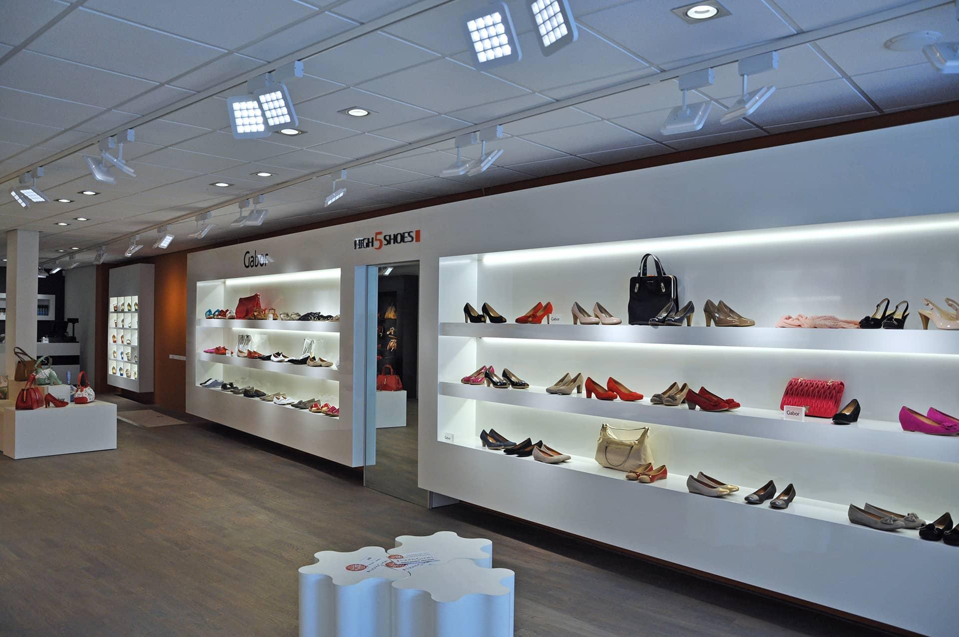 Proyectos de iluminacion comercial y retail