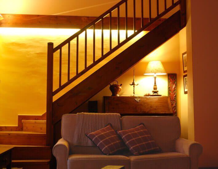 Detalle iluminación en casa de montaña